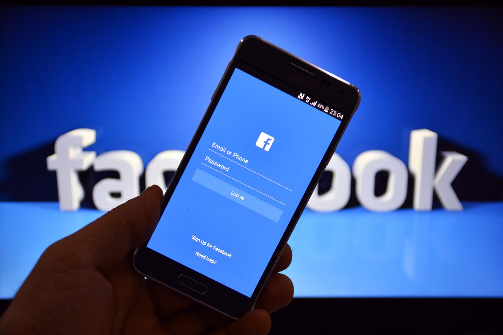 """نتيجة بحث الصور عن شركة """"فيسبوك تعلن أكبر تغييرات على شكل وعدد من خصائص الموقع"""